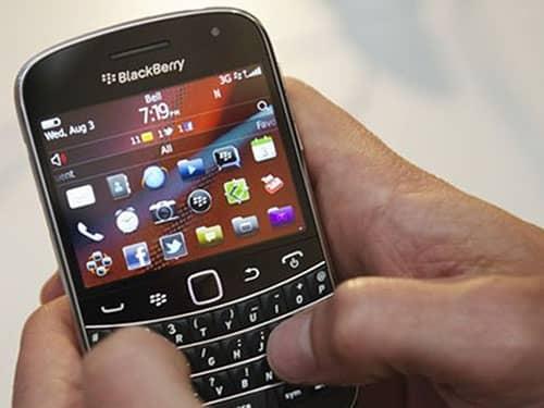 como resetear blackberry
