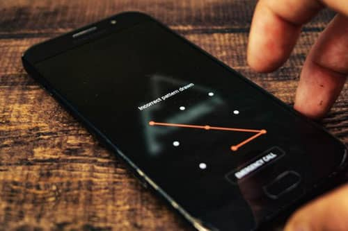 como se desbloquea un celular con patron